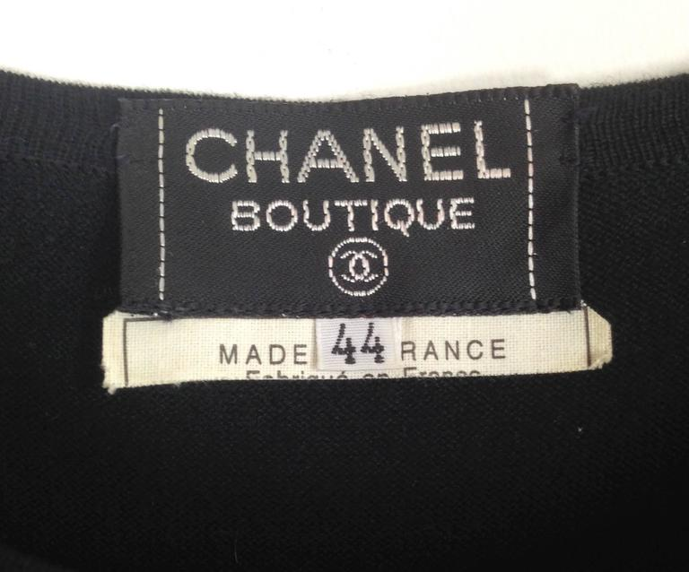1980s Chanel Boutique Cotton Sleeveless Top with CC front and 4 gold CC Buttons 6