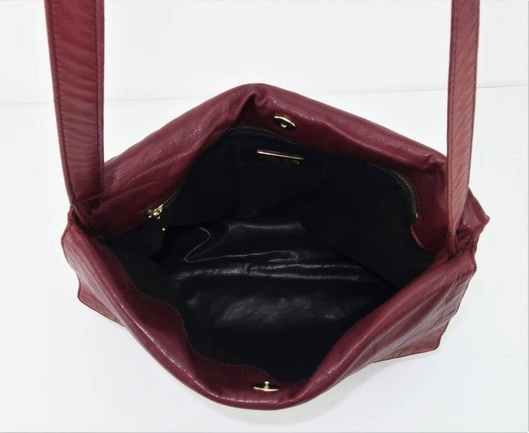 Vintage Bottega Veneta Burgundy Intrecciato Leather Shoulder Handbag For Sale 3