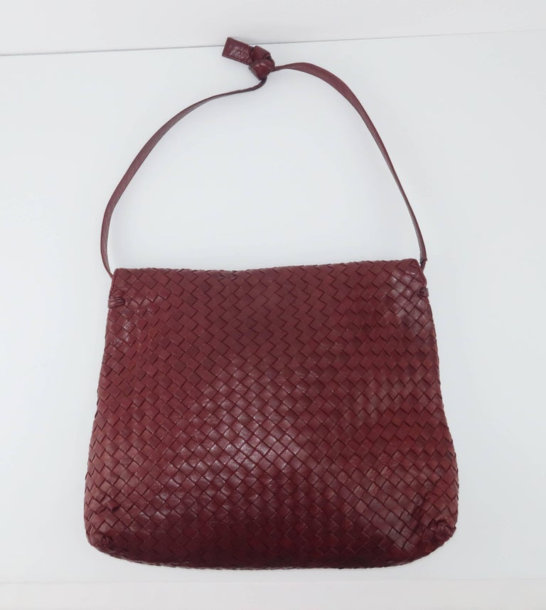 'When your own initials are enough' ... such is the philosophy of the Italian fashion house, Bottega Veneta.  Bottega's unique 'intrecciato' woven leather design speaks volumes about style and quality without the necessity of a logo.  This beautiful