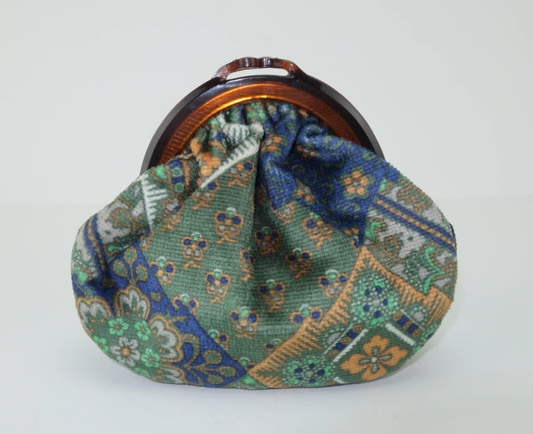 Vintage Bohemian Italian Velvet Jewelry Pouch In Excellent Condition For Sale In Atlanta, GA