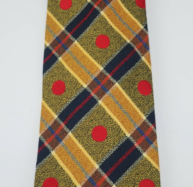 1990's Ungaro Silk Plaid Men's Necktie In Excellent Condition For Sale In Atlanta, GA