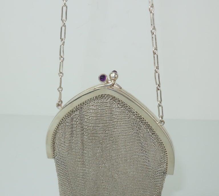 Art Deco 1920's Whiting & Davis Silver Mesh Chain Mail Flapper Handbag For Sale 4