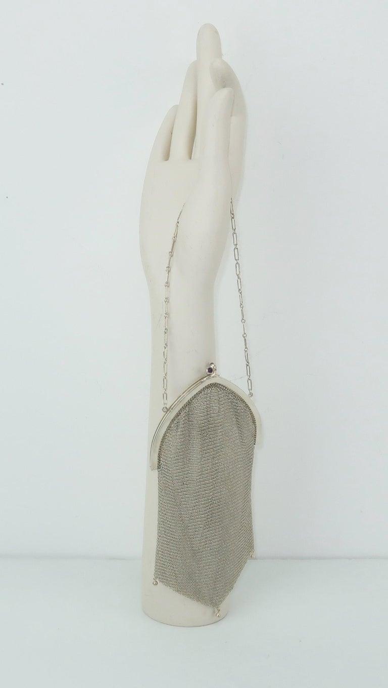 Art Deco 1920's Whiting & Davis Silver Mesh Chain Mail Flapper Handbag For Sale 3