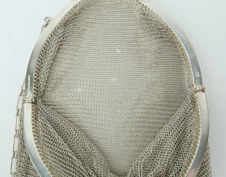 Art Deco 1920's Whiting & Davis Silver Mesh Chain Mail Flapper Handbag For Sale 10