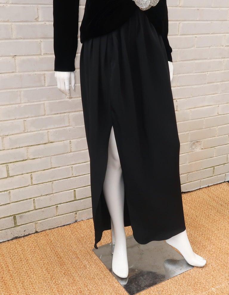 C.1990 Oscar de la Renta Black Velvet Two Piece Dress With Silver Sequins For Sale 1