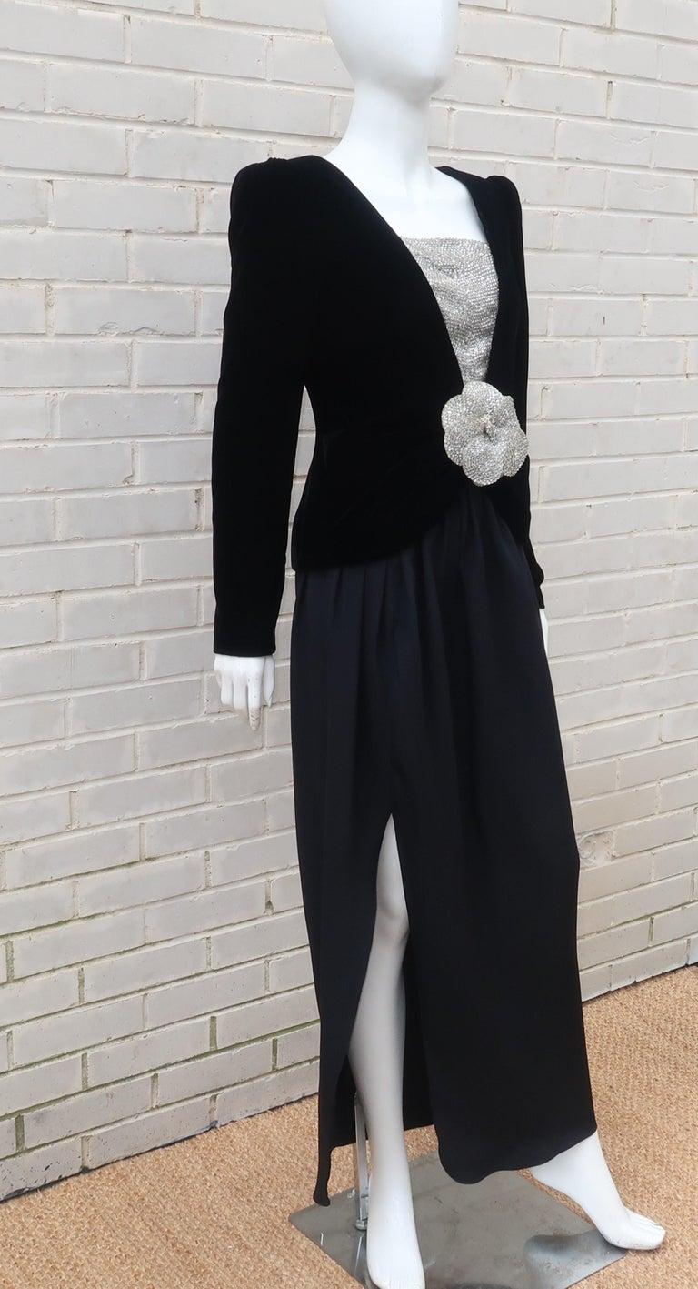 C.1990 Oscar de la Renta Black Velvet Two Piece Dress With Silver Sequins For Sale 3