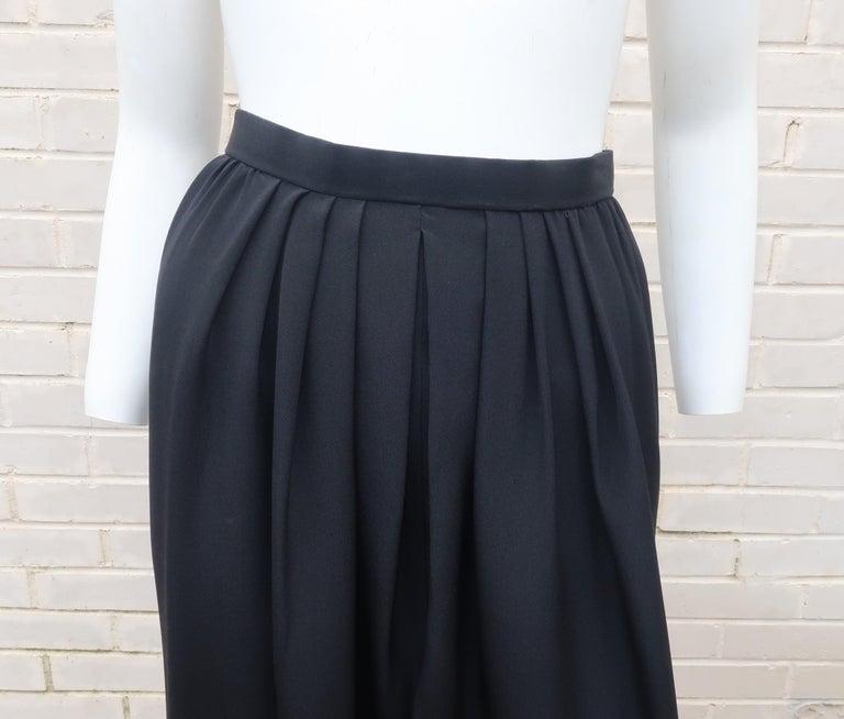 C.1990 Oscar de la Renta Black Velvet Two Piece Dress With Silver Sequins For Sale 9