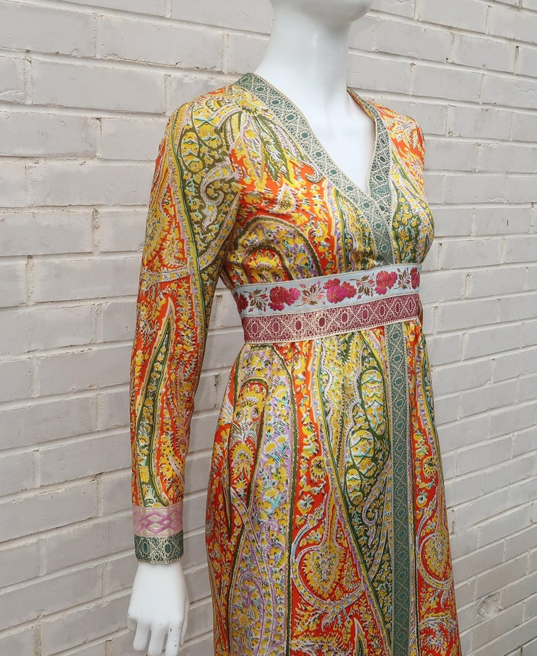 Women's Eloise Curtis Exotic Mod Paisley Tunic Dress and Pant Suit, 1960s  For Sale