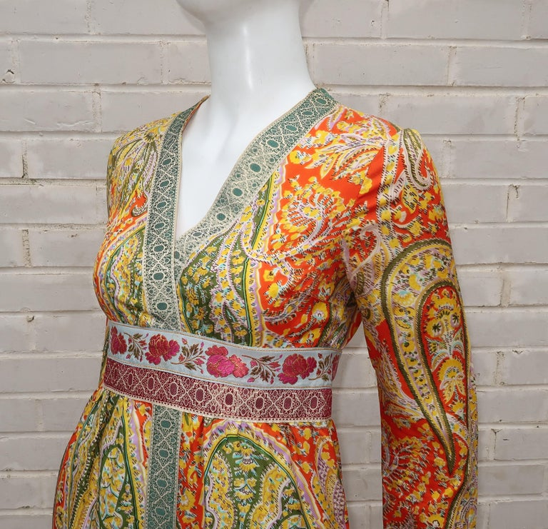 Eloise Curtis Exotic Mod Paisley Tunic Dress and Pant Suit, 1960s  For Sale 2