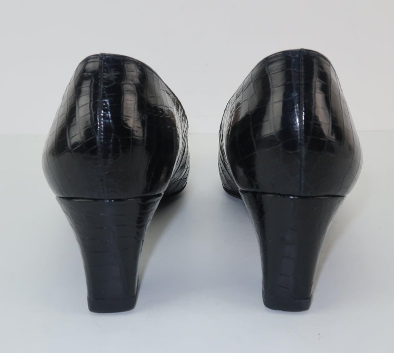C.1960 Charles Jourdan Black Crocodile Heeled Loafers Shoes For Sale 1