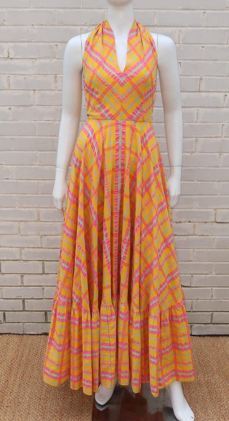 Christian Dior Seersucker Plaid Cotton Halter Peasant Dress, 1960s  In Excellent Condition For Sale In Atlanta, GA