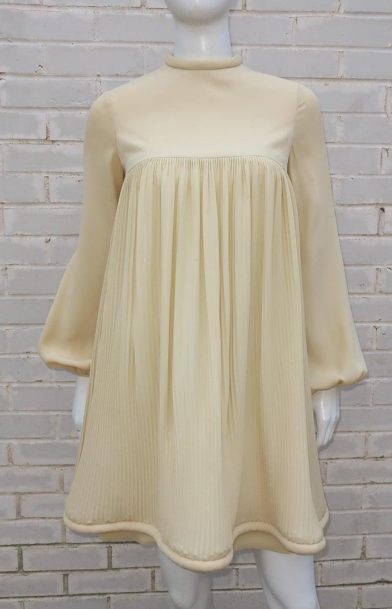 1960's Pierre Cardin Micro Pleated Silk Trapeze Dress For Sale 3