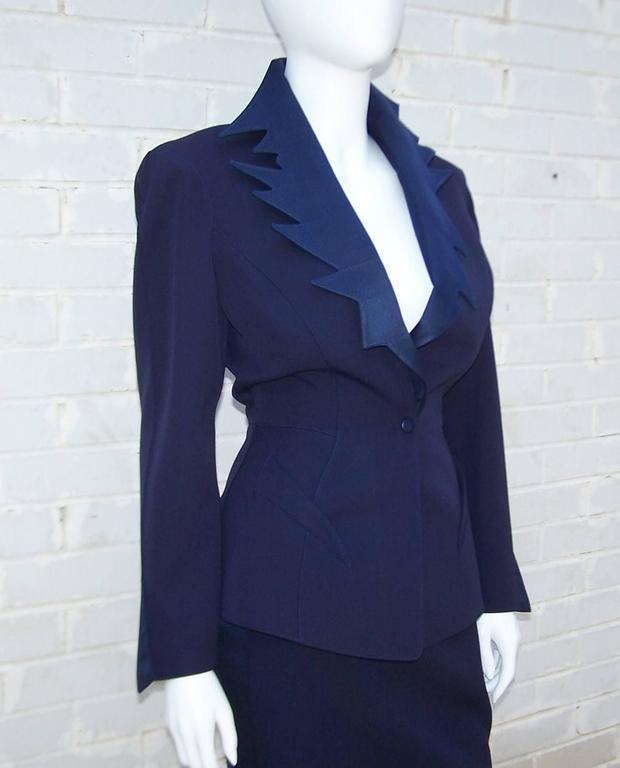 C.1990 Thierry Mugler Midnight Blue Tuxedo Style Suit With 'Shazam' Collar In Excellent Condition For Sale In Atlanta, GA