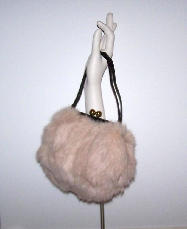 Fluffy 1950's Morris Moskowitz Pink Fur & Black Leather Handbag For Sale 4