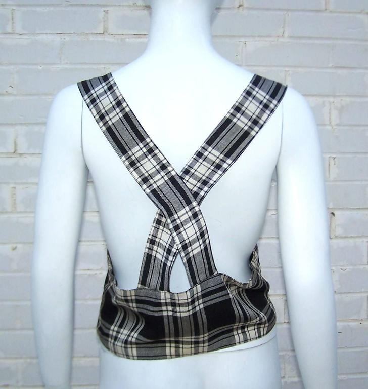 Women's C.1930 Black & White Plaid Ski Wear Vest With Novelty Skier Buttons For Sale