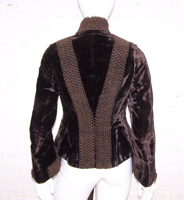 Amazing C.1900 Victorian Velvet Mantle Coat With Soutache & Lappet Tails For Sale 1