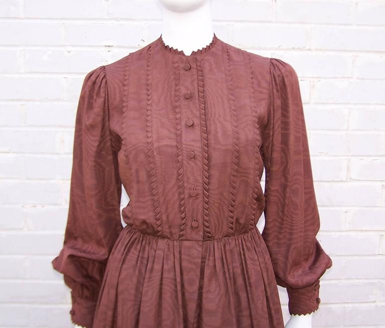 C.1980 Adele Simpson Chocolate Brown Moire Dress With Organza Lining For Sale 1
