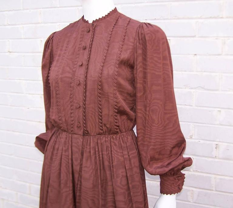C.1980 Adele Simpson Chocolate Brown Moire Dress With Organza Lining For Sale 3