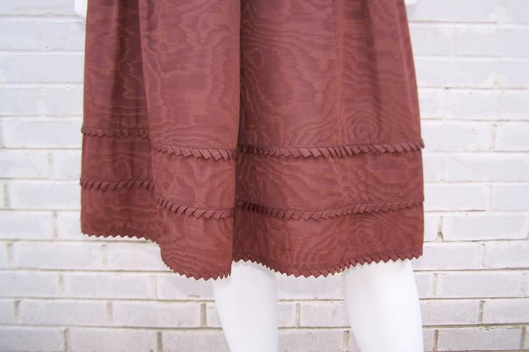 C.1980 Adele Simpson Chocolate Brown Moire Dress With Organza Lining For Sale 4