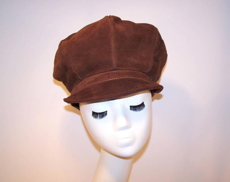 Women's or Men's EXTRA! EXTRA! C.1970 Newsboy Style Brown Suede Boho Hat For Sale