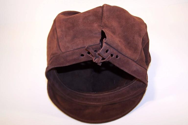 EXTRA! EXTRA! C.1970 Newsboy Style Brown Suede Boho Hat For Sale 6