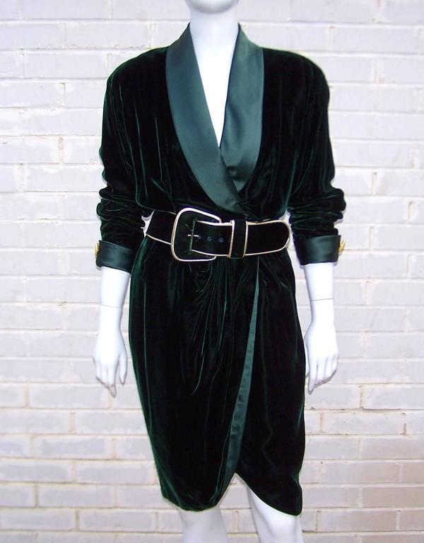 1980's Donna Karan for Anne Klein Rich Green Velvet Dress With Gold Details 2