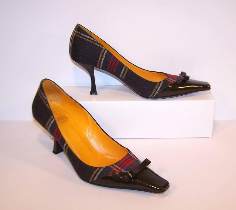 Mad For Plaid 1990's Moschino Wool Pumps With Gray Patent Leather Details 2