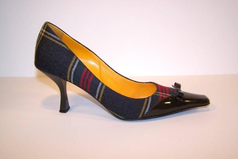 Mad For Plaid 1990's Moschino Wool Pumps With Gray Patent Leather Details 3