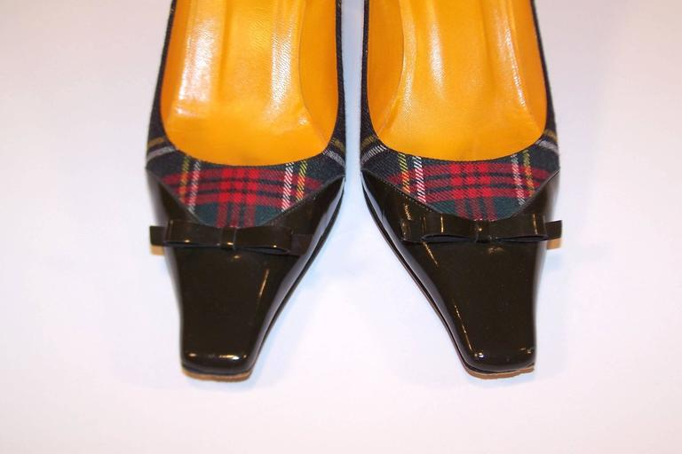Mad For Plaid 1990's Moschino Wool Pumps With Gray Patent Leather Details 7