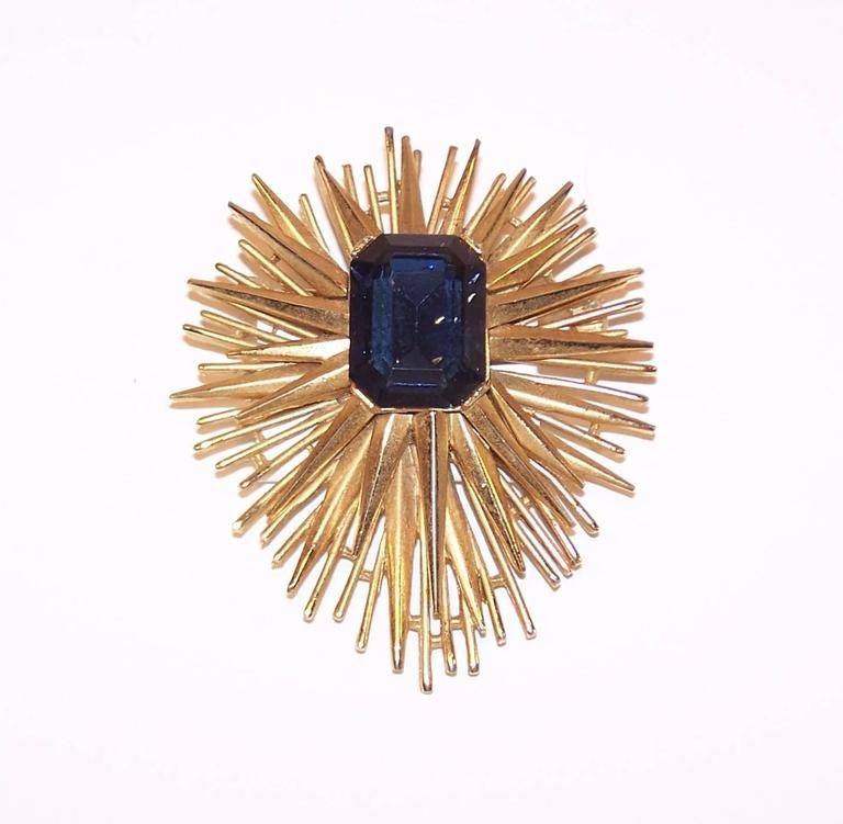 Modernist Sculptural 1950's Trifari Brutalist Starburst Brooch For Sale