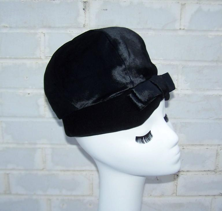 Mod 1960's Mr. John Jr. Black Faux Fur & Velvet Hat With Bow For Sale 1
