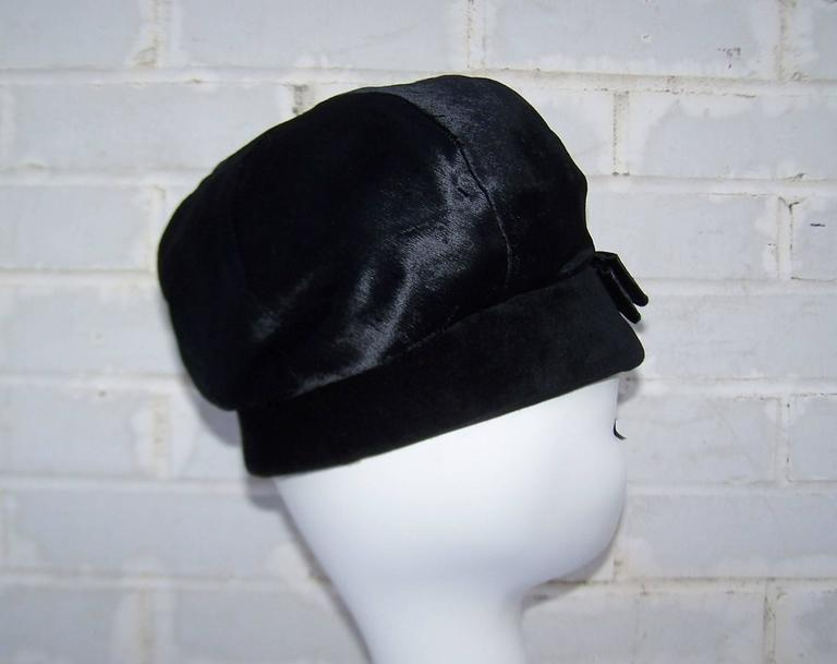 Mod 1960's Mr. John Jr. Black Faux Fur & Velvet Hat With Bow For Sale 2
