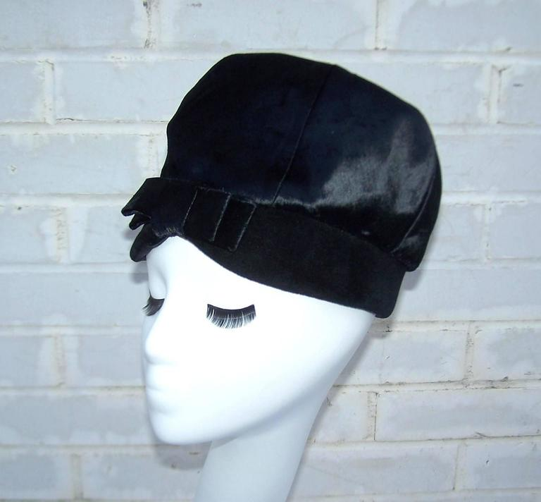 Mod 1960's Mr. John Jr. Black Faux Fur & Velvet Hat With Bow For Sale 4