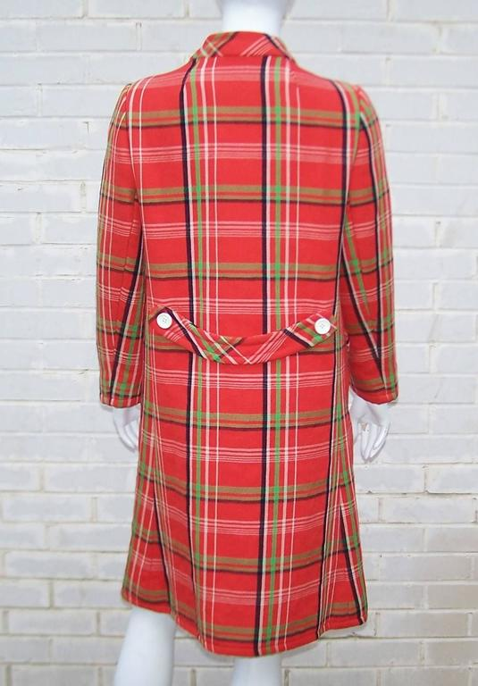 Mod 1960's John Baldwin Plaid Jumper Style Dress With Matching Coat For Sale 2