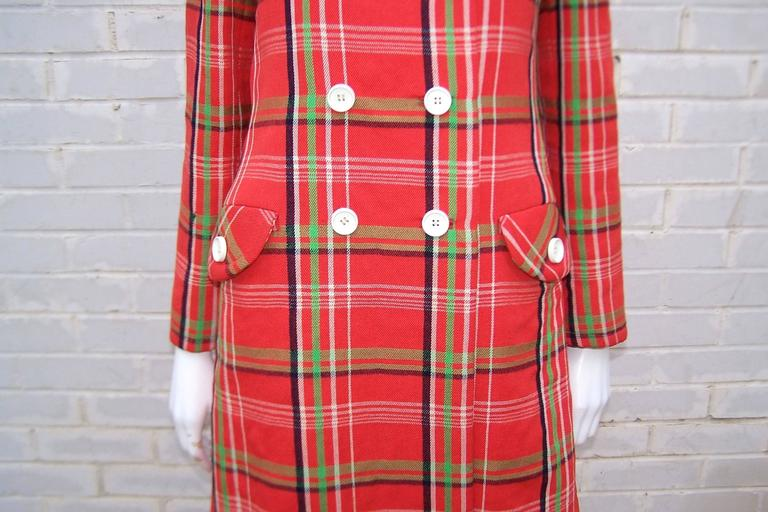 Mod 1960's John Baldwin Plaid Jumper Style Dress With Matching Coat For Sale 4