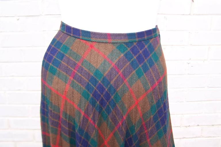 Women's Mad For Plaid 1970's Wool Micro Pleated Maxi Skirt For Sale