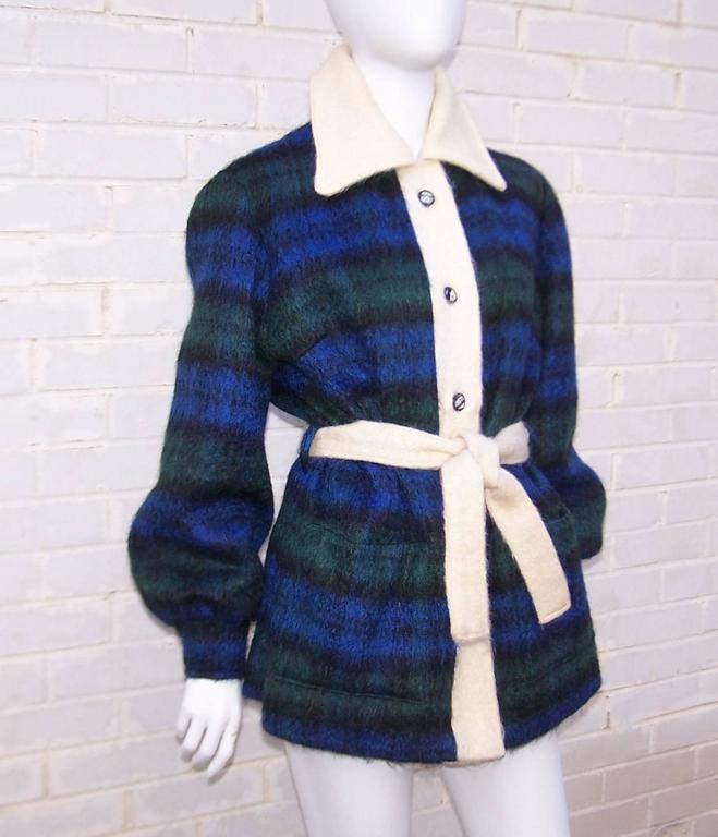 Black Cozy C.1950 Plaid Scottish Mohair Car Coat Jacket For Sale