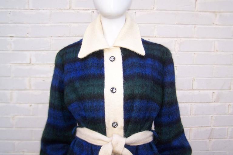 Cozy C.1950 Plaid Scottish Mohair Car Coat Jacket For Sale 1