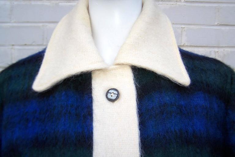 Cozy C.1950 Plaid Scottish Mohair Car Coat Jacket For Sale 2