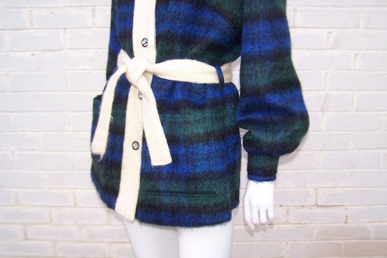 Cozy C.1950 Plaid Scottish Mohair Car Coat Jacket For Sale 4