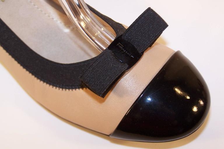Women's New In Box Ferragamo 'My Paris' Ballerina Shoes Size 8 For Sale
