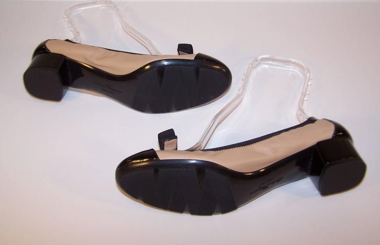 New In Box Ferragamo 'My Paris' Ballerina Shoes Size 8 For Sale 4