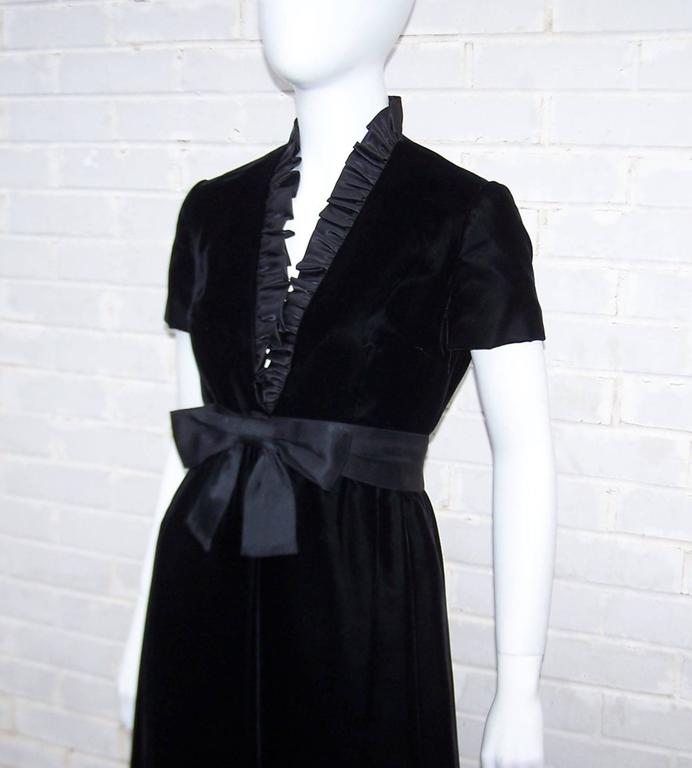 Saks Fifth Avenue Wedding Gowns: C.1970 Saks Fifth Avenue Black Velvet Maxi Dress With