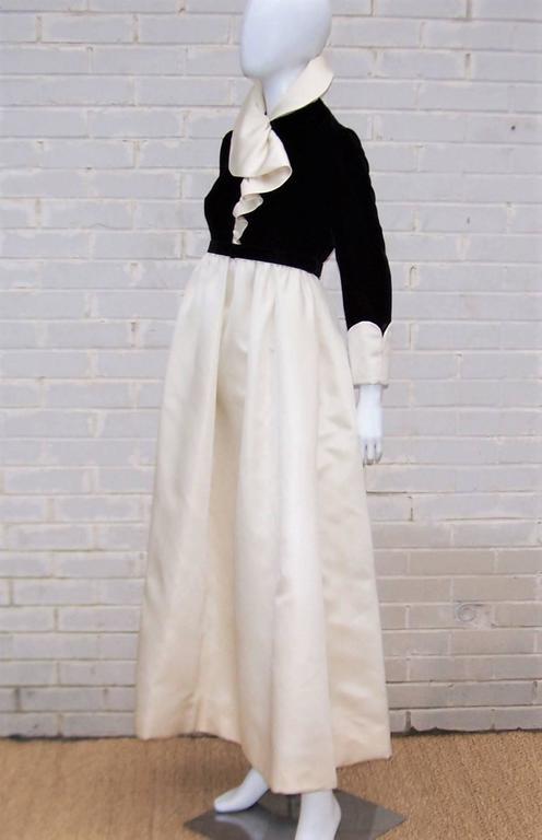 Women's Fab 1960's Geoffrey Beene Black Velvet & Ivory Satin Evening Dress For Sale