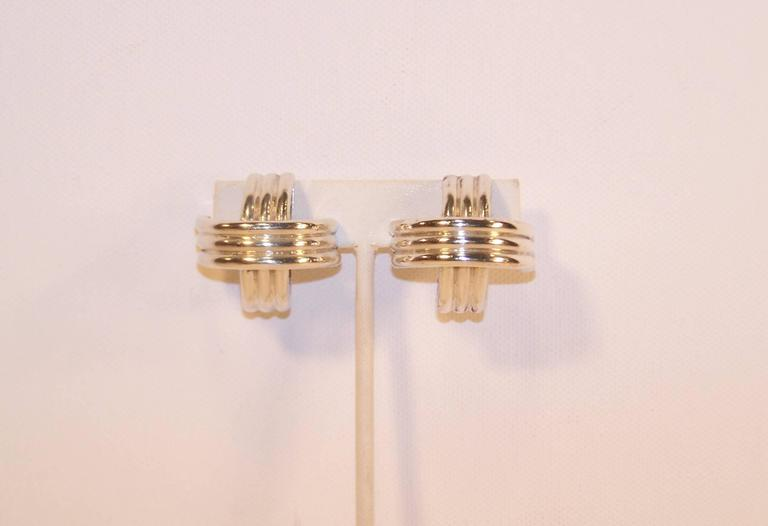 Modernist 1980's Ture Designs Sterling Silver Clip On Earrings In Good Condition For Sale In Atlanta, GA