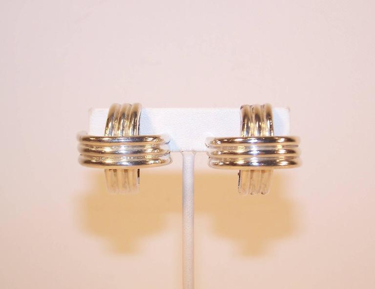 Women's Modernist 1980's Ture Designs Sterling Silver Clip On Earrings For Sale