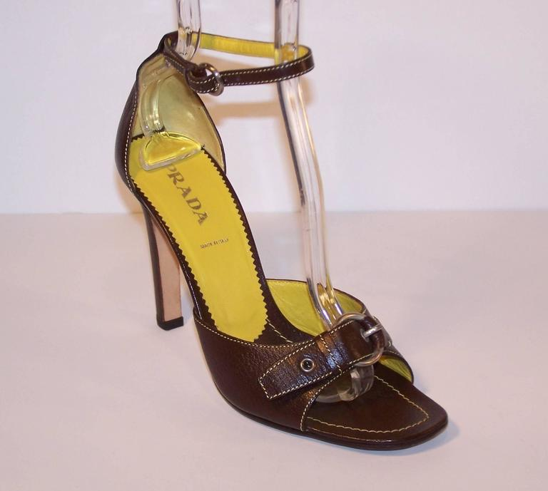 Women's Prada Brown Leather Sandals With Ankle Straps & Buckles Sz 38 For Sale