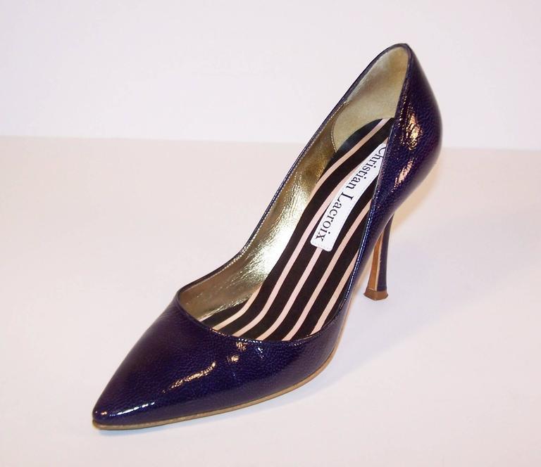 Classic Christian Lacroix Blue Patent Leather Stiletto Pumps Sz 38 For Sale 3