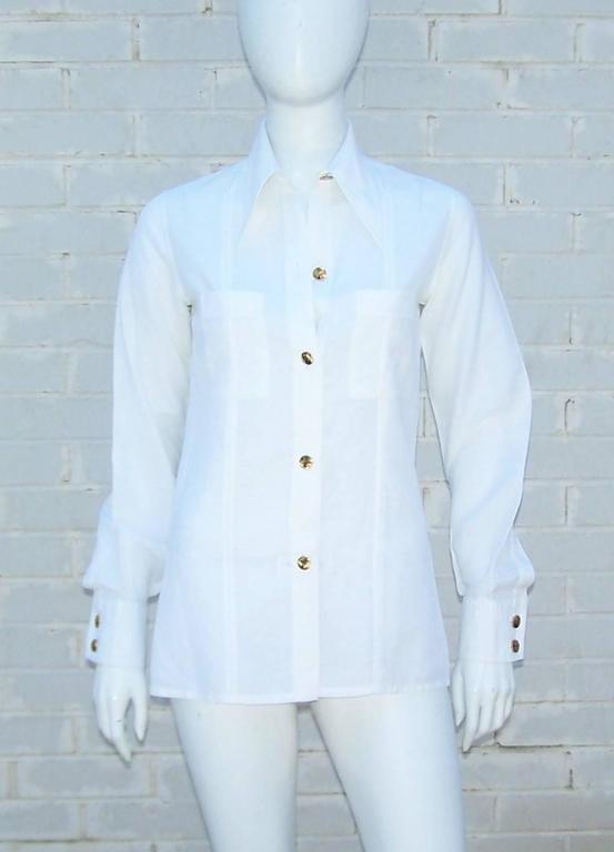 Blue Crisp 1970's Gucci White Linen Shirt With Nautical Enamel Logo Buttons For Sale