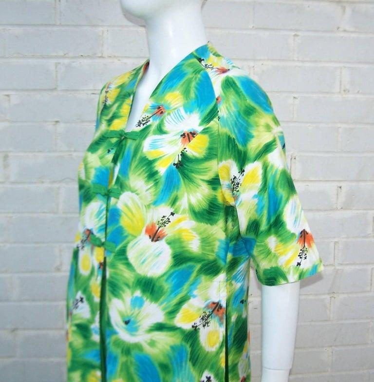 Tropical 1950's Kamehameha Hawaiian Floral Cotton Dress  For Sale 2